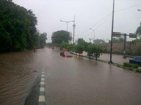 Jakarta Dikepung Banjir, Ini Akses Jalan yang Terputus