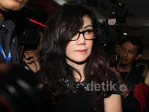 Amy Kembali Jenguk Raffi Ahmad