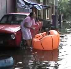 Banjir di Pondok Gede Permai Bekasi Mencapai 3 Meter