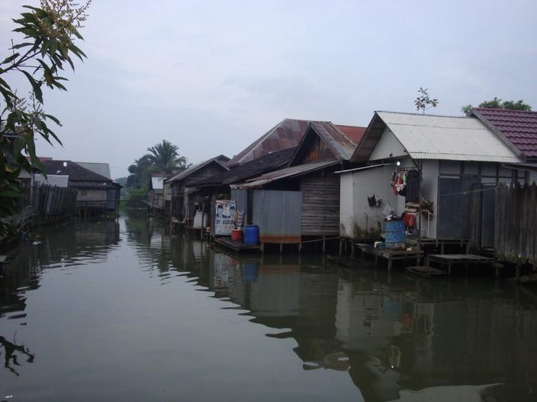 Inilah rumah panggung yang berdiri di tepi Sungai Lulut (Putri/detikTravel)