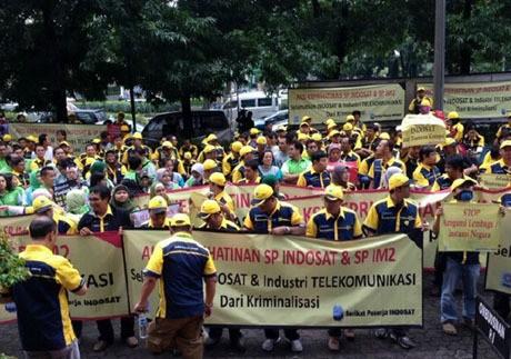 Demo Karyawan Indosat di Pengadilan Tipikor (rou/inet)