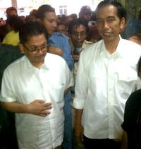 4 Momen Jokowi Bagi-bagi Sepeda