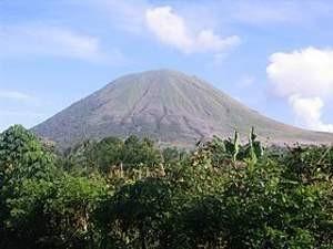 Gunung Lokon Kembali Meletus, Status Siaga