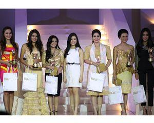 Aktif di Masyarakat & Keluarga, 23 Wanita Cantik Indonesia Raih Penghargaan