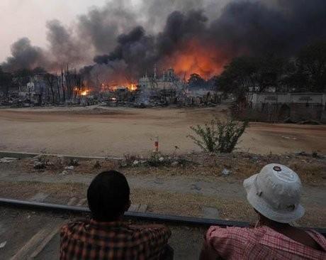 Konflik Sektarian Terbaru di Myanmar Renggut 40 Nyawa