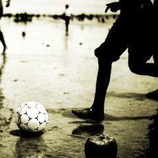 Genealogi Sepakbola Indonesia (Bagian 1): Nusantara Bermain Bola