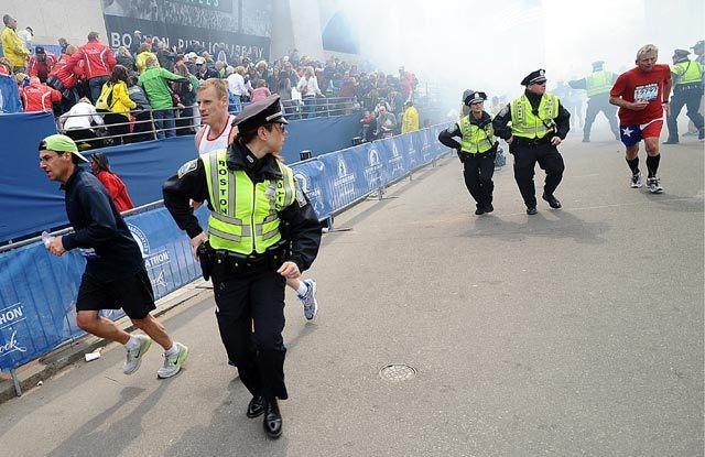 WNI di Boston: Kota Masih Panik, Hanya Polisi & Garda Nasional di Jalanan