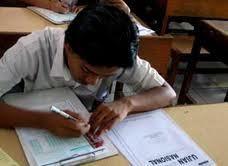 Distribusi Soal UAN \Semrawut\, Pos Indonesia Siap Ambil Alih