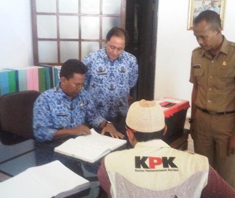 KPK Geledah Apartemen & Rumah Terkait Kasus Kuburan DPRD Bogor