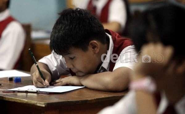 Anggaran Rp 100 Miliar Masih Diblokir, Anak SD Terancam Tak Ujian Nasional