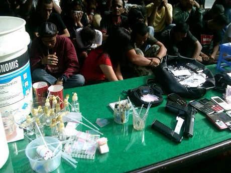 Polisi Gerebek Kampung Narkoba Medan, 36 Orang Ditangkap