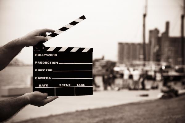 Properti Film yang Paling Mahal Dilelang