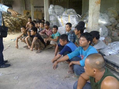 Polisi Kejar 2 Pelaku Penyekapan & Penyiksaan Buruh Pabrik Kuali Tangerang