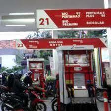 Harga Naik, Bensin Premium Jadi Rp 6.500 & Solar Rp 5.500
