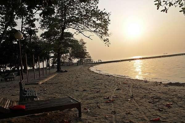 Senja yang cantik di Pulau Bidadari (Silvia Faradila/ACI)