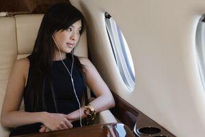 Terungkap! 15 Lagu yang Harus Anda Dengar di Pesawat
