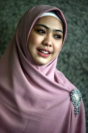 Oki Setiana Dewi Siap Luncurkan Album \Hijab I\m in Love\