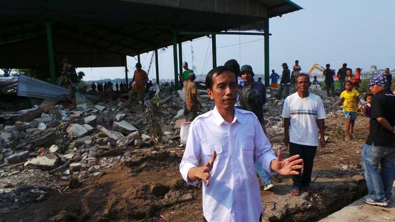 Rusun Relokasi Belum Jadi, Jokowi: Keruk Terus Waduk Pluit, Bukan Gusur