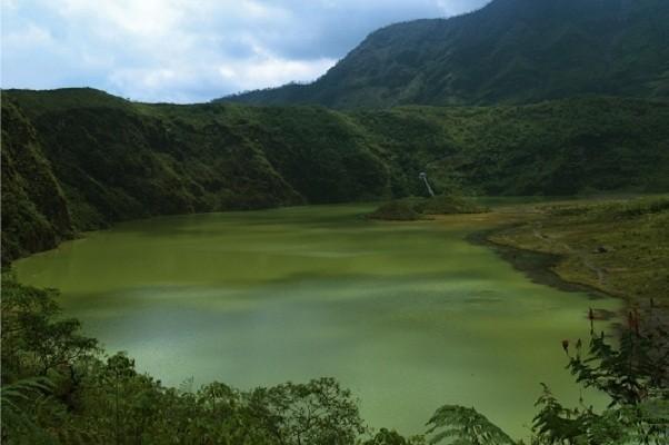 Bibir kawah Gunung Galunggung (Dewi/detikTravel)