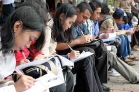 Pencari Kerja Lirik BUMN Ketimbang Perusahaan Swasta