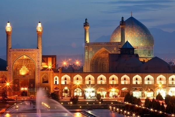 Masjid Imam di Isfahan, Iran (tourist-destination.com)