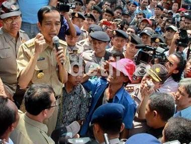 Interpelasi Jokowi di Ambang Kegagalan, 8 Anggota DPRD Cabut Dukungan