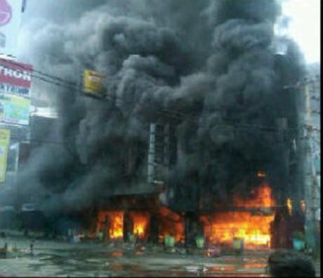 Toko Elektronik di Palembang Diserang Massa Diduga Terkait Pilwakot
