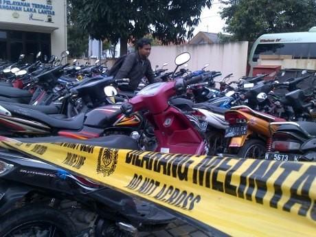 400 Suporter PSIS Semarang Ditilang, 154 Motor Disita