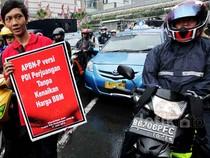 F-PDIP Aksi Simpatik Tolak Kenaikan BBM