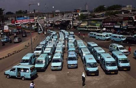Harga BBM Naik, Tarif Angkutan DKI Diusulkan Naik 30 %
