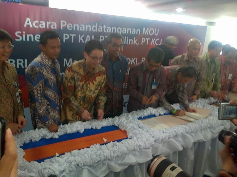 6 Bank Layani e-Ticketing KA Bandara Kuala Namu dan KRL Jabodetabek