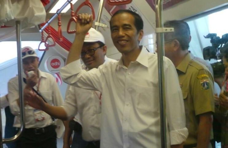 Jokowi: Monorel Rampung 3,5 Tahun dan MRT 6 Tahun
