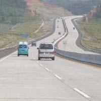 KM 47 Tol Cipularang Longsor, Jasa Marga Berlakukan Sistem Contra Flow
