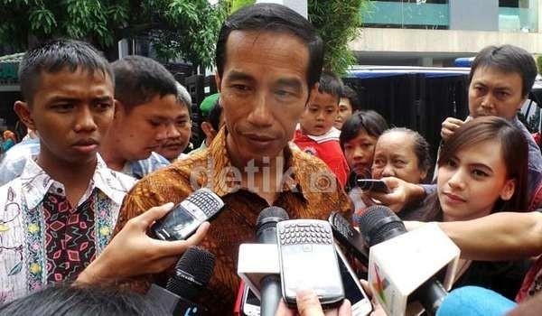 Jokowi Pimpin Upacara 17 Agustus di Silang Monas