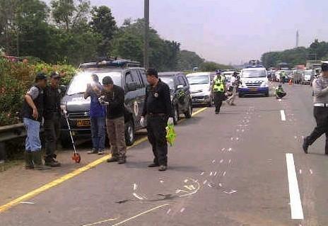 Lalin Tol Jagorawi Jelang TKP Kecelakaan Dul Padat Merayap