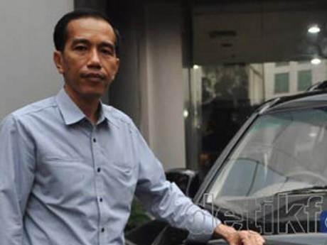 Jokowi Tolak Mobil Murah