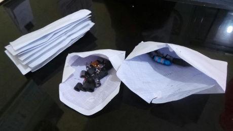 Pentil Dicabut, Pemotor Kapok Parkir di Bawah Flyover Roxy