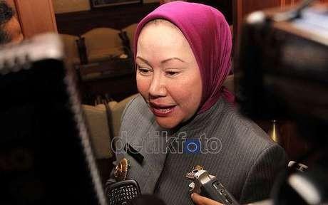 Ironis, Ratu Atut Dicegah KPK Saat Ulang Tahun Banten ke-13