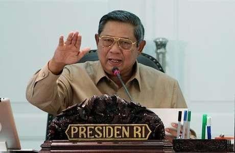 Cek Siapa Bunda Putri, SBY Minta Mensesneg Telepon Mentan