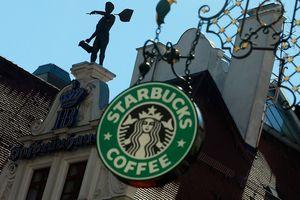Bos Starbucks Lawan Aksi Shutdown AS dengan Bagi-bagi Kopi Gratis