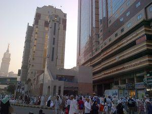 Masjid Al Jin, Sederhana Tapi Disemuti Jamaah