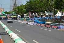 Wush! Jalan Pahlawan Semarang Disulap Jadi Arena Balap