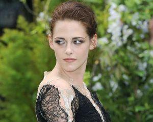 Fashion Dos & Donts: Gaya Terbaik Kristen Stewart di 2013