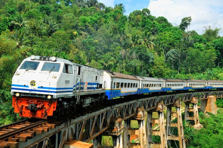 Ini Keunggulan Jalur Ganda Kereta Api Jakarta-Surabaya