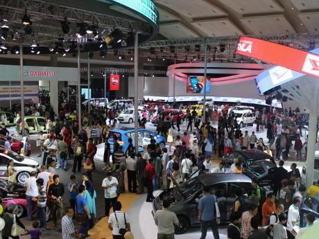 Gaikindo Targetkan Penjualan Mobil 2014 Capai 1,25 Juta Unit