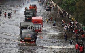 Pantau Banjir Jakarta Lewat Situs Ini