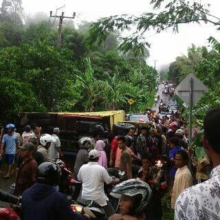 Jenazah Korban Kecelakaan Truk Pramuka di Pandeglang Diambil Keluarga