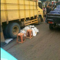 Sebelum Tewas Terlindas, Motor Karyadi Oleng Tabrak Jalan Berlubang