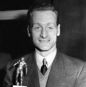 Penebusan Dosa Media Inggris untuk Tom Finney, Sang Sayap Legenda