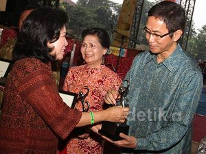 Menparekraf Beri Penghargaan Tujuh Tokoh Musik